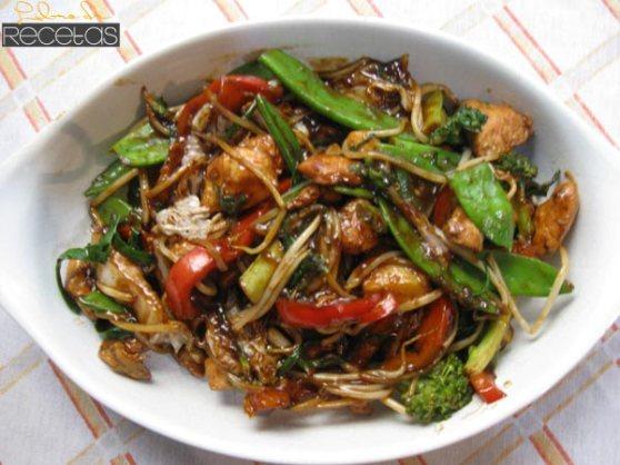 pollo-con-verduras